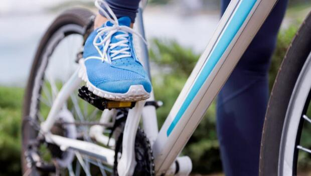 Why You Can't Wear Ordinary Shoes During Cycling?
